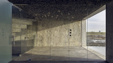 Spel van daglicht en massief beton, 24 oktober, TU Eindhoven