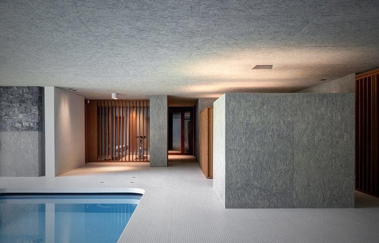 GR zwembad interieur
