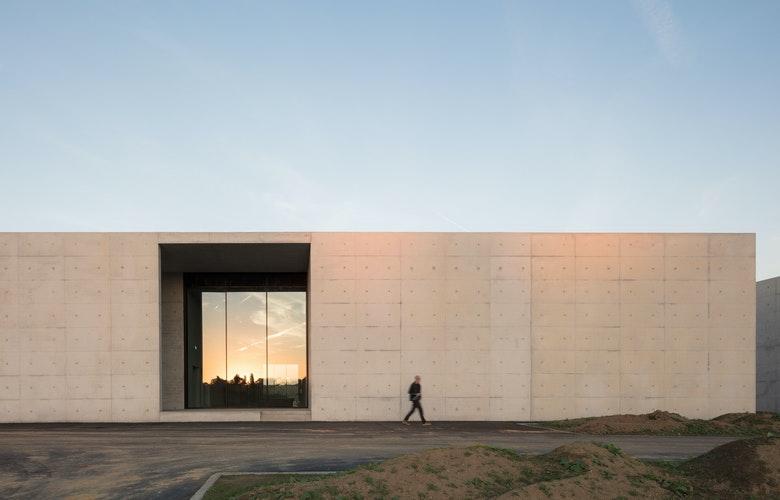Foto 1 9 Crematorium Siesegem KAAN Architecten Sebastian van Damme