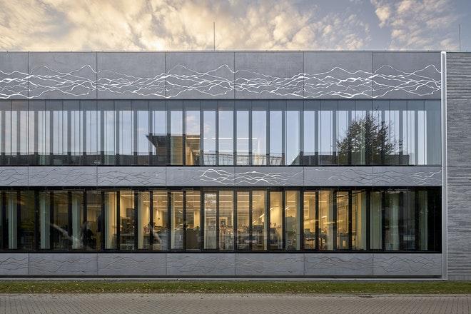 Barcode Architects ESL 02