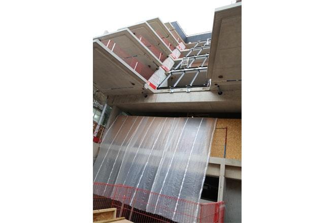 Construction IMG 4332 foto Ben Adams Archit jpg