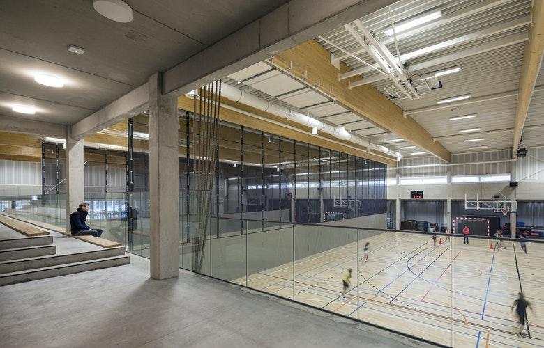 Bekkering Adams architects Schoolcampus Peer SB 161042 161016 interior sport tribune hr
